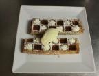 Photo Gaufre au caramel beurre salé,  glace vanille et chantilly - La Salle à Manger