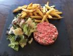 Photo Tartare de boeuf charolais, frites maison - Les petits plats