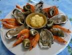 Photo Assiette du mareyeur (6 huitres N°3 de Blainville, bulots, bigorneaux et crevettes). 21€ - Le Pavillon de Bailly