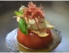 Photo Tartare de Tomates, siphon de Mozzarella,  Eau de tomate, copeaux de viande séchée  - LE DOMAINE DU SEUDRE