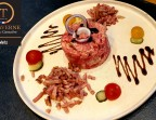 Photo Tartare de bœuf et ses lardons grillés  - La Taverne de Metz