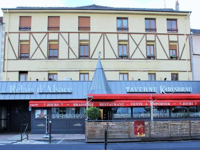 La Taverne - Table de caractère - Aurillac