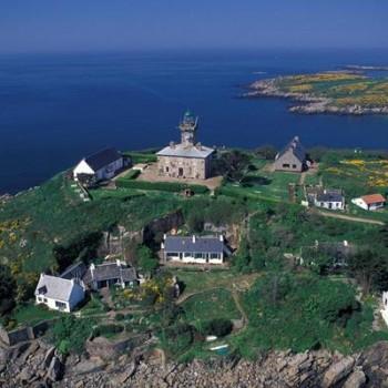 Cyrille Doraphé passe sur France 5 , Les 100 lieux qu' il faut voir dans la Manche