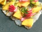 Photo Dos de Cabillaud: En Ceviche, salpicon de salicorne, nectarine et coriandre, pickles d'oignon - L'Escapade