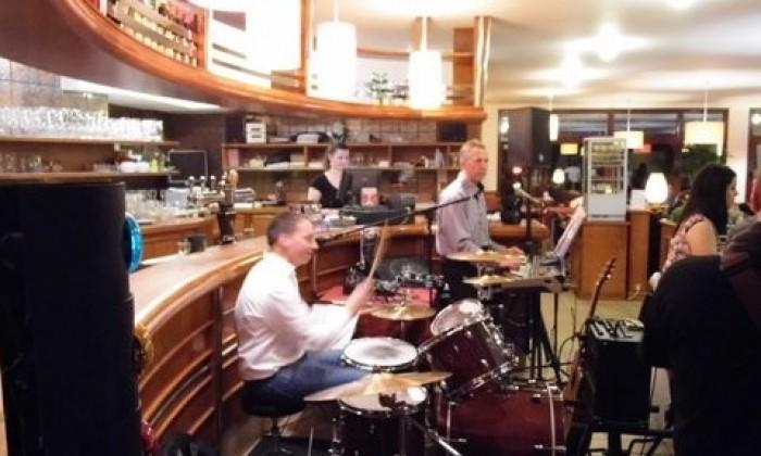 diner musical avec le groupe les passespartout