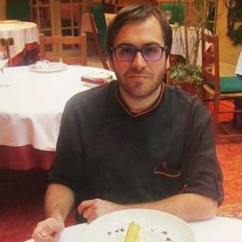 portrait du chef, Alexandre Reymond, 25 ans, chef de cuisine des fuchsias