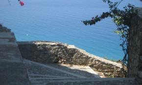 Il Castello vous accueillera bientôt sur sa terrasse !