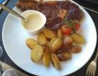 Photo Entrecôte*VBF , pommes de terre poêlées,sauce gorgonzola  - Le romain d'etretat
