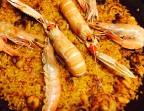 Photo Arroz de mariscos con chipirones y gambitas peladas, langostinos y cigalitas - A Banda Restaurante