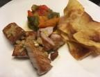 Photo Ventresca de atún a la plancha con patatas y escalivada de verduras asadas (pimiento rojo y verde) - A Banda Restaurante