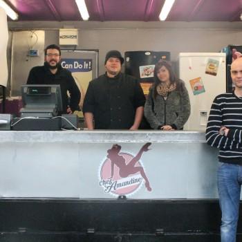 Auxi : Une bande d'amis a créé sa friterie dans un semi-remorque