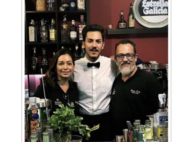 Mister Ribs Grill & Bar