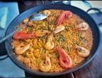 Photo Paella de langostinos con ajos tiernos y trigueros - NAS DE SURO