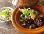 Photo Tajine canard confit, pruneaux, amandes - La Table de Sam