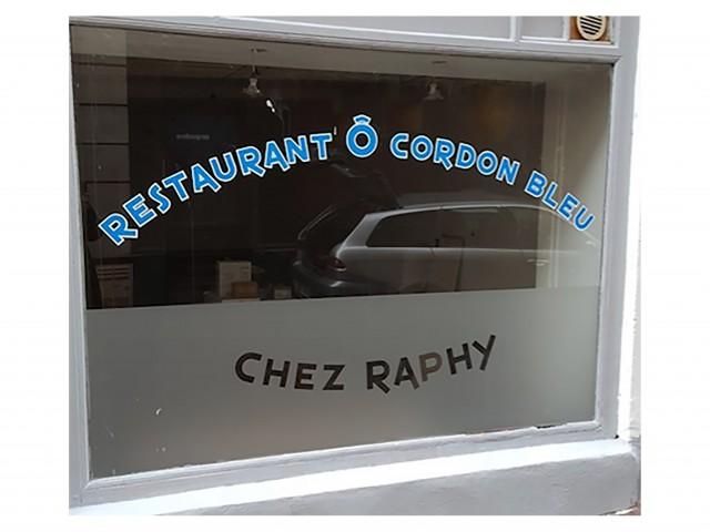 CHEZ RAPHY