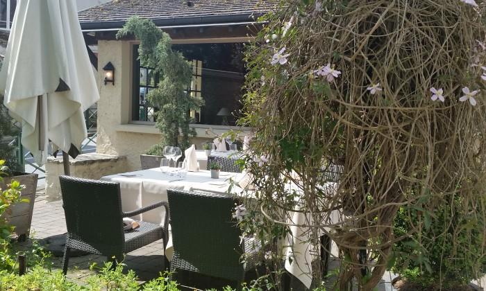 Notre terrasse sous le soleil