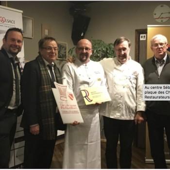 Double remise de plaque pour Restaurant LE 15 : celle des CHEFS D'ALSACE et des Maitres-Restaurateurs.
