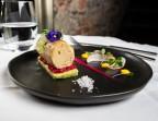 Photo Foie gras d'Auvergne, biscuit aux herbes, gelée de fraises des bois - Bistrot Auvergnat