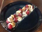 Photo Brisée, framboises et crème fouettée à la vanille Bourbon et mascarpone - LE BARRICOU