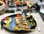 Photo Tataki de Thon au sésame et légumes croquants, sauce soja  - Saveurs Salines