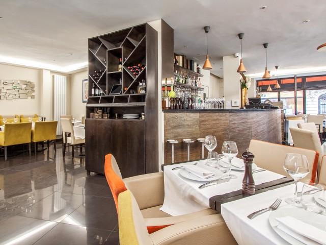 Lyna restaurant