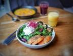 Photo Roquette, courgette, potiron et chèvre frais au sumac - Health Inside