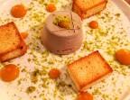 Photo Parfait de Foie gras de canard Mémé, purée de figues, brioche croustillante maison et pistache concassée - La Cantine de Mémé