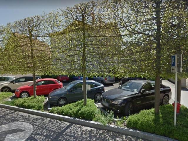 Restaurant Alsacien à Erstein Le Witzknuppe P3 : PARKING 18 RUE DU GENERAL DE GAULLE ERSTEIN (30m)
