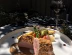 Photo Filet mignon de porc de région pané  au sésame et son jus parfumé à la moutarde aux herbes fraîches «faite maison »  - Chez fred