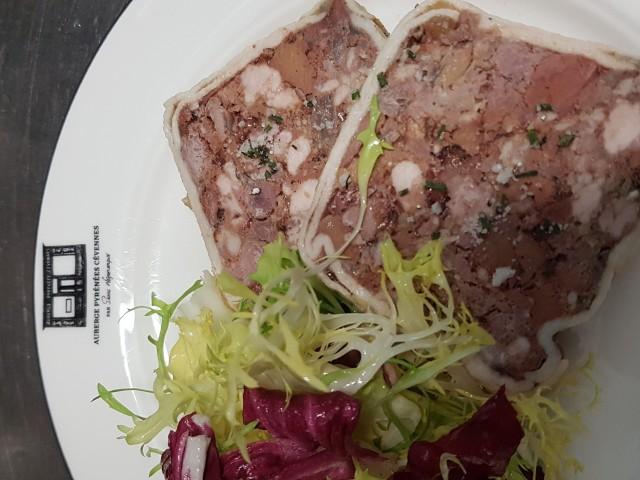 Auberge Pyrénées Cévennes Terrine de Foies de Volaille à l'Ancienne