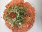 Photo Gravlax de saumon sauce savora à l'aneth - Le Cafe Dumas