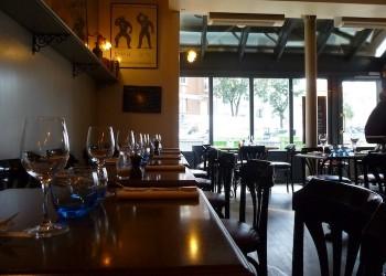 restaurant le saint joseph la garenne colombes hauts de seine selection des restaurants de. Black Bedroom Furniture Sets. Home Design Ideas