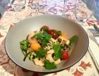 Photo Salade de soba et courgettes aux crevettes et saumon fumé, vinaigrette au sésame  - L'Ange 20