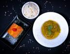 Photo Curry De Poulet Fermier au Lait De Coco Riz Blanc /Crème caramélisée - Les Filaos