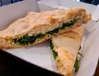 Photo Focaccia Uno + frites (végétarienne) - Aux Dés Calés 17 - Legendre
