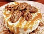 Photo Cheesecake dulce de lece, noix de pecan - ONE & ONE PARIS