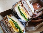 Photo *Sandwich
