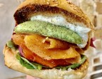 Photo Burger Saumon Guacamole Cucina Eat - Cucina Eat